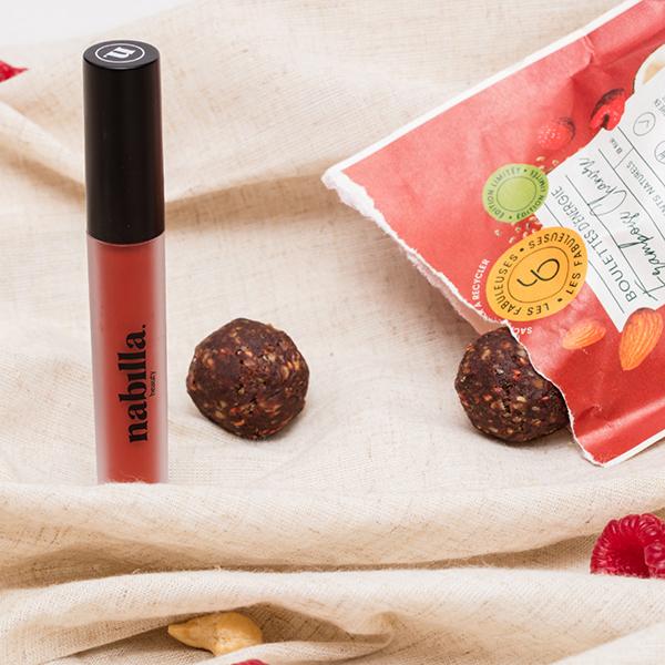 1 lipstick + 4 Les Fabuleuses meatball packs