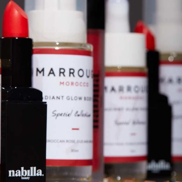 1 body oil + 1 lipstick of your choice