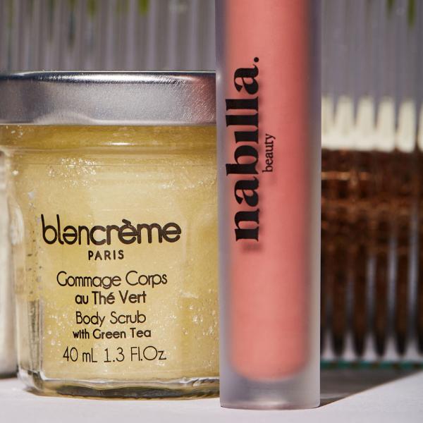 1 green tea body scrub + 1 lipstick of your choice