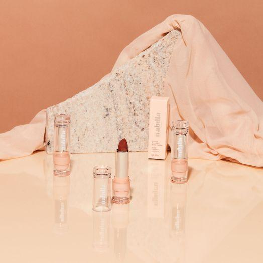 3 lipsticks nude au choix