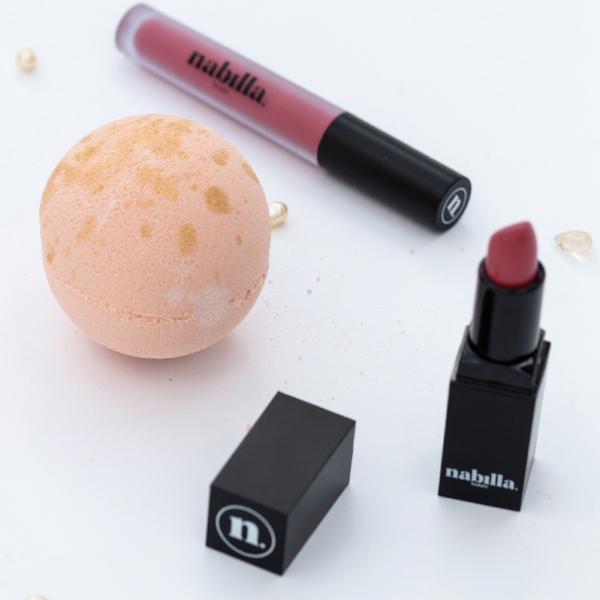 1 lipstick + 1 delicious mango bath bomb