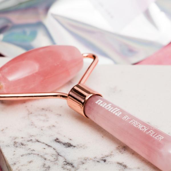 2 lipsticks + 1 free quartz roller